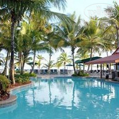Courtyard Isla Verde Beach Resort 4*
