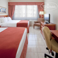 Фото отеля Holiday Inn Express San Juan 2*