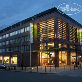 Фото отеля  Holiday Inn Express Essen City Centre 3*