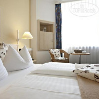 Фото отеля InterCityHotel Rostock 3*