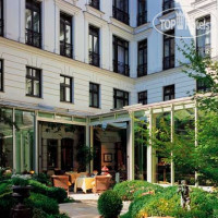 Фото отеля Bradenburger Hof Berlin 5*