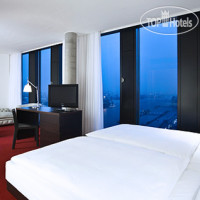 Фото отеля Empire Riverside 4*