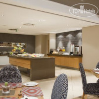 Фото отеля Holiday Inn Express Pretoria - Sunnypark 3*