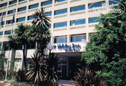 Holiday Inn Garden Court Newlands 3*