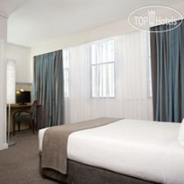 Фото отеля Holiday Inn Express Cape Town City Centre 3* Standard Double Room