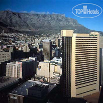 Фото отеля Holiday Inn Cape Town 4*
