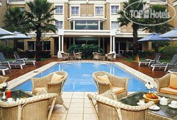 Airport Grand Hotel & Conference Centre 4*