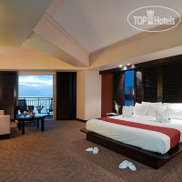 Фото отеля Outrigger Guam Resort 4*