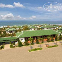 Фото отеля Lang Co Beach Resort 4*