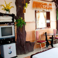 Фото отеля Au Co Mini 2 Hotel By The Sea Quy Nhon 1*