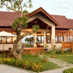White Sand Doclet Beach Resort and Spa