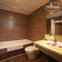 Фото отеля Maple Leaf Hotel and Apartment 3*