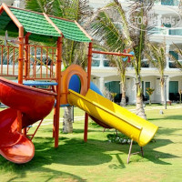 Фото отеля Sailing Bay Beach Resort 4*