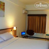 Фото отеля Everyday Smart Hotel Malang 2*