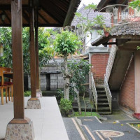 Фото отеля Vera Accommodation Ubud 1*