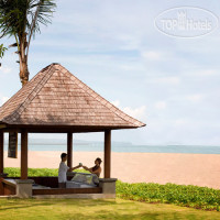 Фото отеля Beachfront Suites 4*