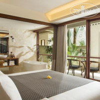 Фото отеля Alaya Resort Kuta 4*