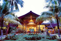 Candi Beach Cottage 4*