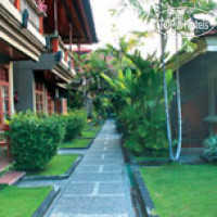 Фото отеля Adi Dharma Cottages 3*
