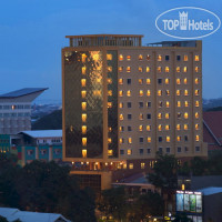 Фото отеля Best Western Plus Makassar Beach 4*