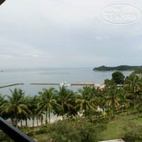 Фото отеля Batam View Beach Resort 3*