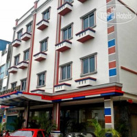 Фото отеля Golden Gate Batam Hotel 2*