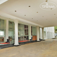 Фото отеля On The Rock Hotel 4*