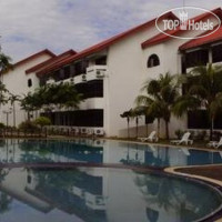 Фото отеля De Rhu Beach Resort 4*