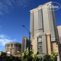 Фото отеля Berjaya Times Square Suites & Convention Center 5*