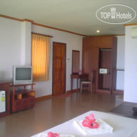 Фото отеля Good Days Lanta Beach Resort 2*