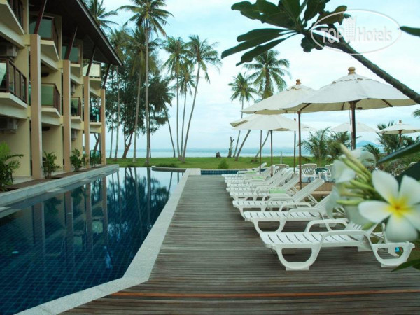 Lanta Pura Beach Resort 3*
