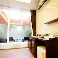 Фото отеля Feung Nakorn Balcony Rooms & Cafe 3*