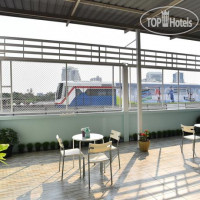 Фото отеля Take A Rest Hotel (Sukhumvit) 3*