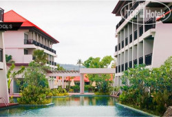 D Varee Mai Khao Beach 4*