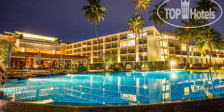 Фото отеля Crowne Plaza Phuket Panwa Beach Resort 5*