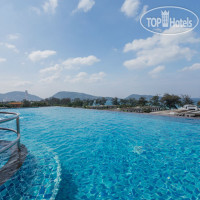 Фото отеля The Charm Resort Phuket 4*