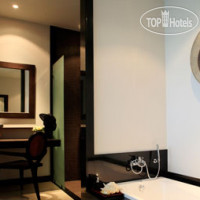Фото отеля Two Villas Holiday - Onyx Style Naiharn Beach 4*