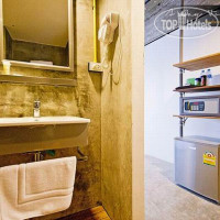 Фото отеля Quip Bed & Breakfast Phuket 3*