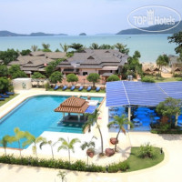 Фото отеля Chalong Beach Hotel & Spa 4*