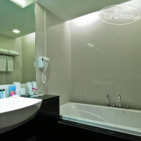 Фото отеля The ASHLEE Heights Patong Hotel & Suites 4*