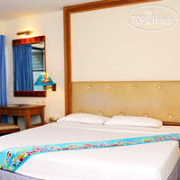 Фото отеля Days Inn Patong Beach 3*