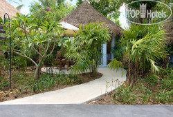 Eden Beach Bungalows 3*