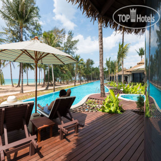 Фото отеля  The Haven Khao Lak 5*