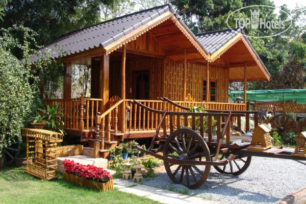 Home Stay Stc Bed And Breakfast 2*