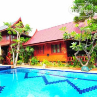 Фото отеля Ruen Kanok Thai House 3*