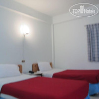 Фото отеля NorthLands House Hotel 2*