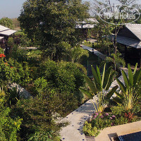 Фото отеля Little Village Chiang Mai 4*
