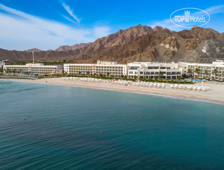 Фото отеля The Radisson Blu Fujairah Resort 5*