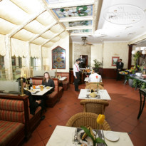 Фото отеля Marco Polo 4* The Explorer: The coffee shop serves a variety of cuisines and a wide range of beverages. Open 24 hours