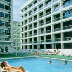 Golden Sands Hotel Apartments 3*